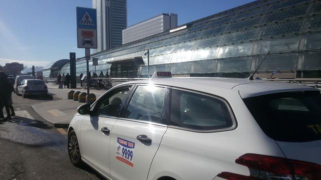 radio taxi torino 0119999 - prenota un taxi online con l'app intaxi