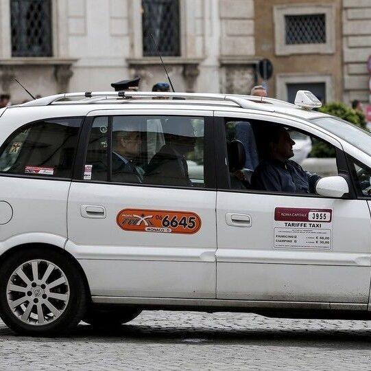licenze taxi roma - ottenimento licenza del taxi - intaxi